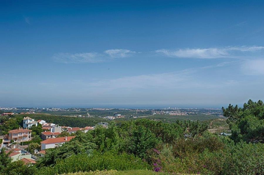 Additional photo for property listing at Fantastic villa located in the protected area of M Cascais, Portugal