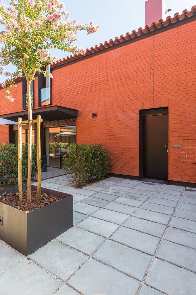 PF13642, Duplex T2, Lisboa