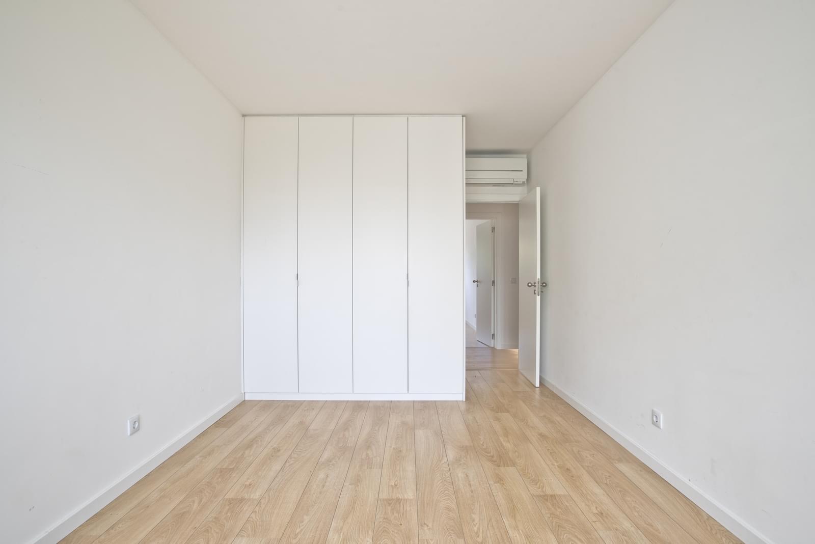 pf13975-apartamento-t4-oeiras-209eff80-e302-4595-9e8b-ce2d7d59a0f6