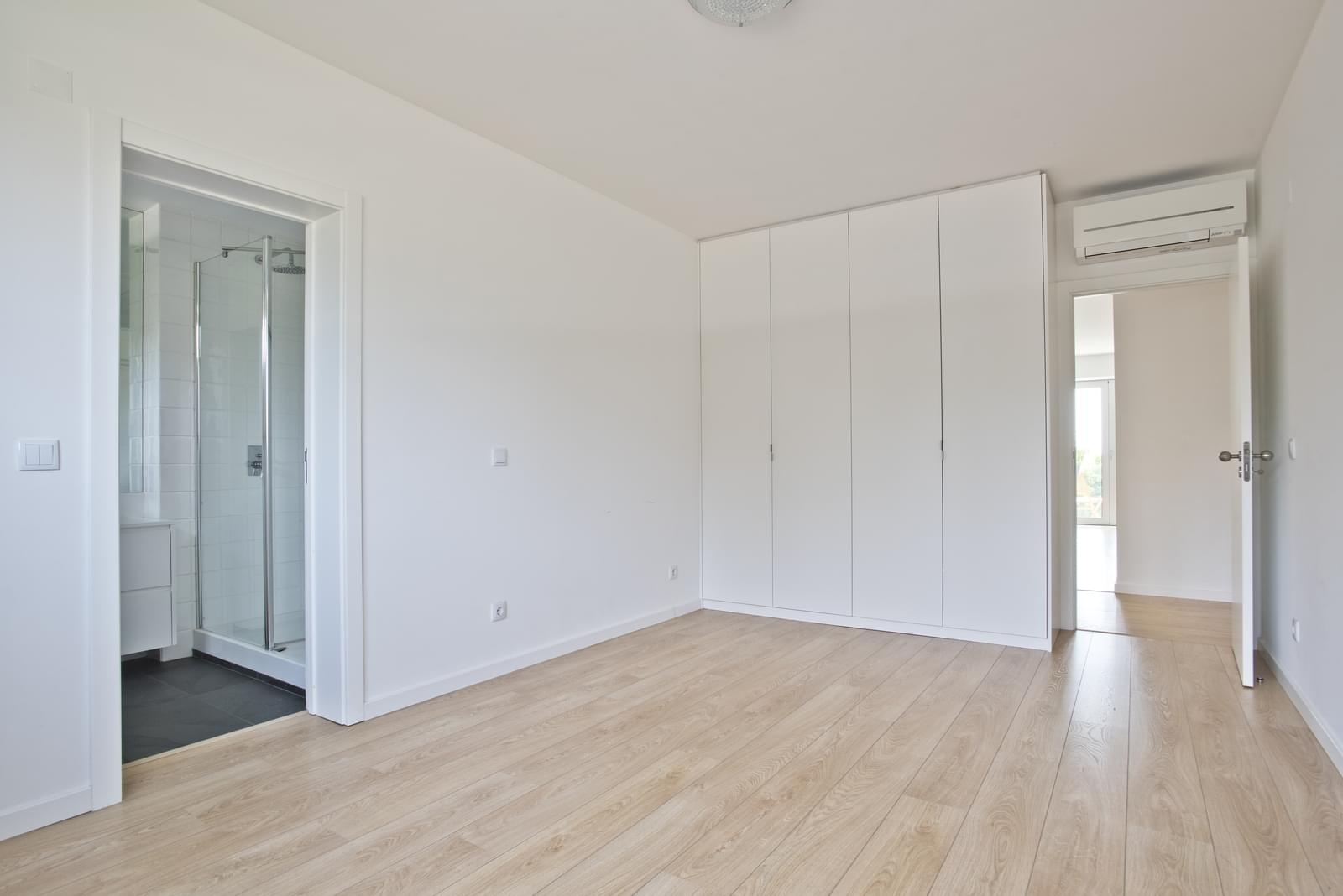 pf13975-apartamento-t4-oeiras-476bda3d-3822-48a0-ac56-7216f39859c7