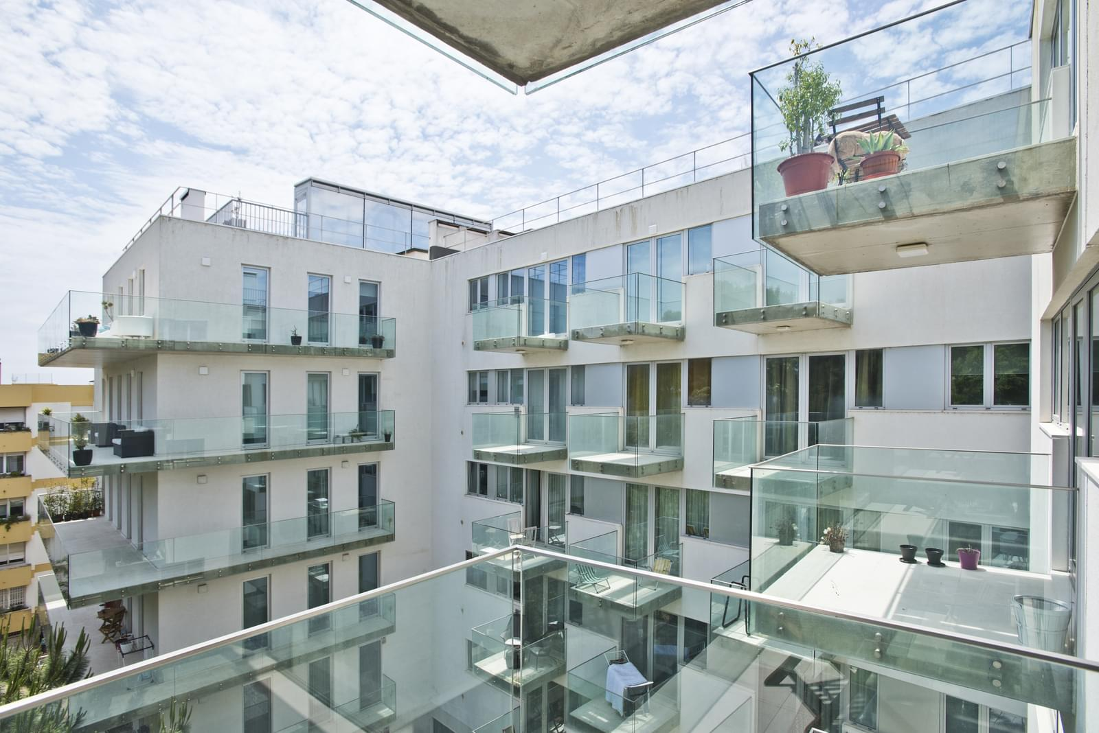 pf13975-apartamento-t4-oeiras-524a7ce0-2dba-4fc6-aa12-e17ab2c90267