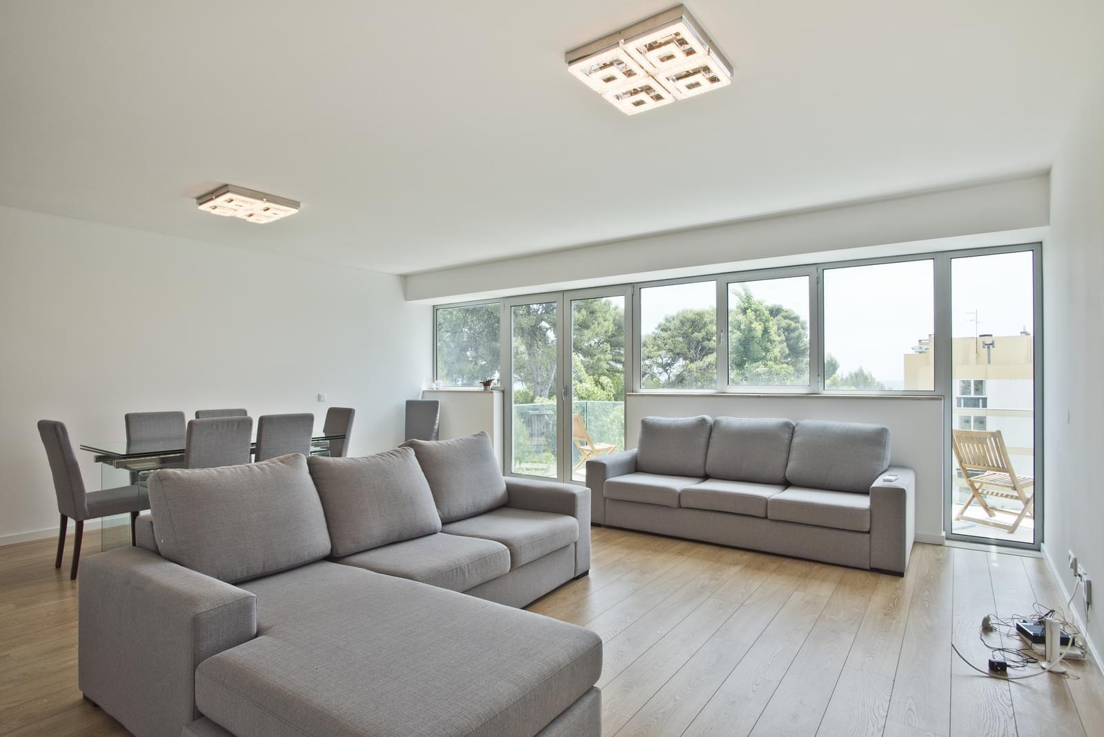 pf13975-apartamento-t4-oeiras-d28acd81-56de-4d81-9d44-841d4cef4585