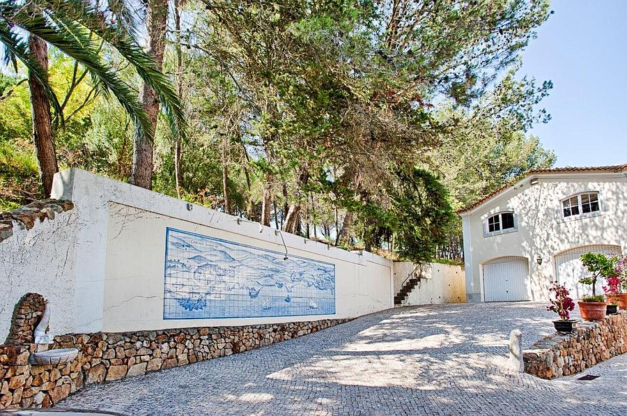 Farm / Ranch / Plantation for Sale at Quinta Cascais, Lisboa Portugal