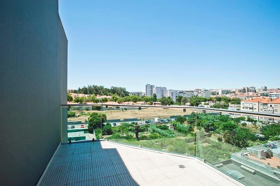 pf14588-apartamento-t5-lisboa-10