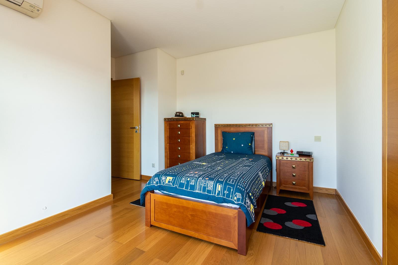 pf14588-apartamento-t5-lisboa-22fb5cdd-3975-4e0c-b55a-68013a7d7467