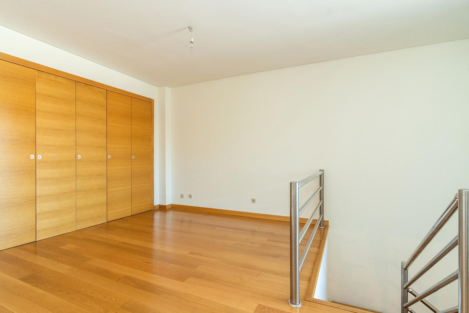 pf14588-apartamento-t5-lisboa-891b4b8e-dc9a-4069-9fb2-9f83026da3bc