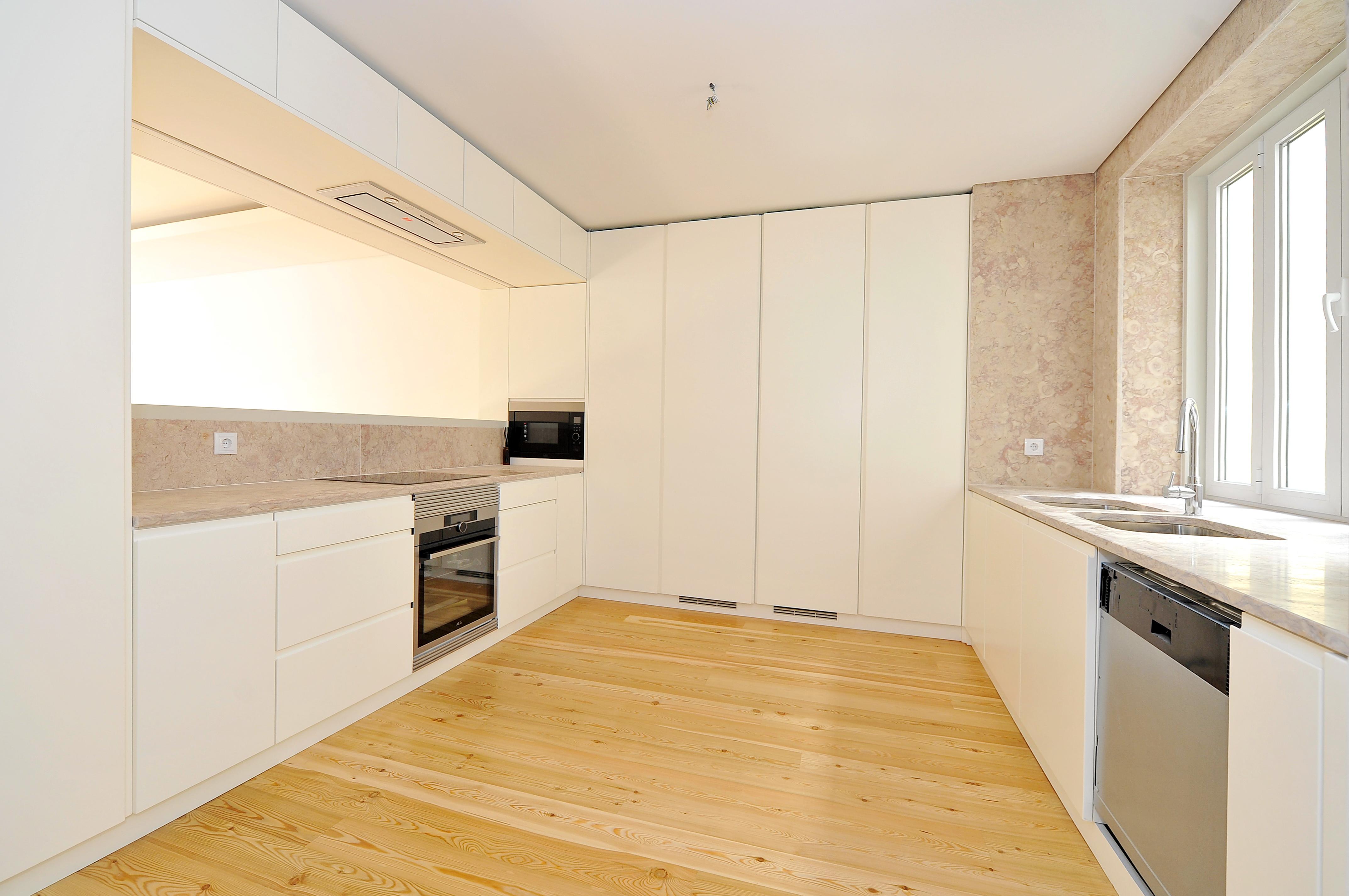 PF14972, Apartamento T4, Lisboa