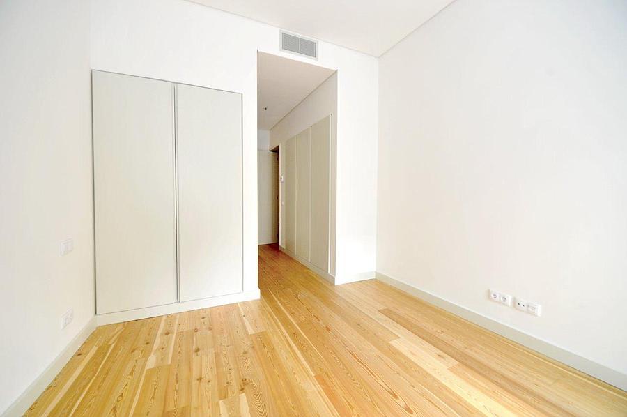 PF14976, Apartamento T4, Lisboa