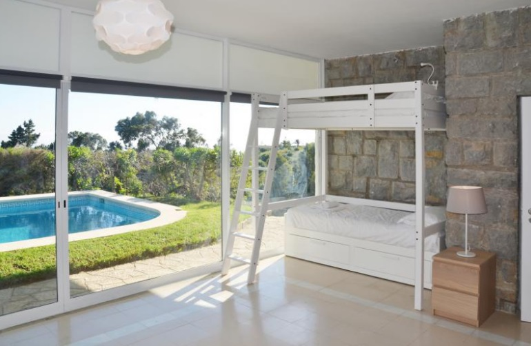 Additional photo for property listing at Magnificent villa, situated in a 'quinta' in Malve Cascais, 포르투갈