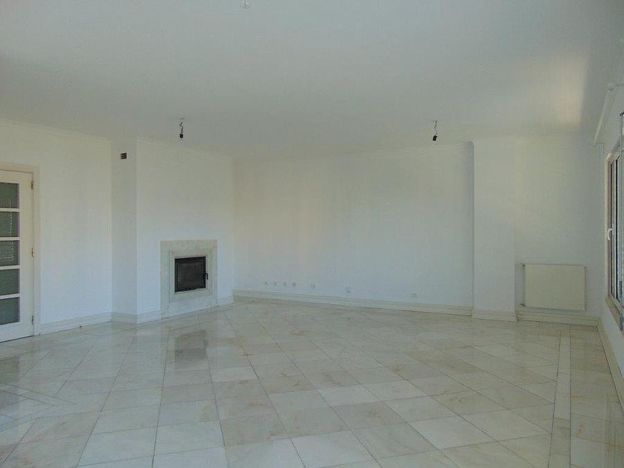 pf15077-apartamento-t4-lisboa-17