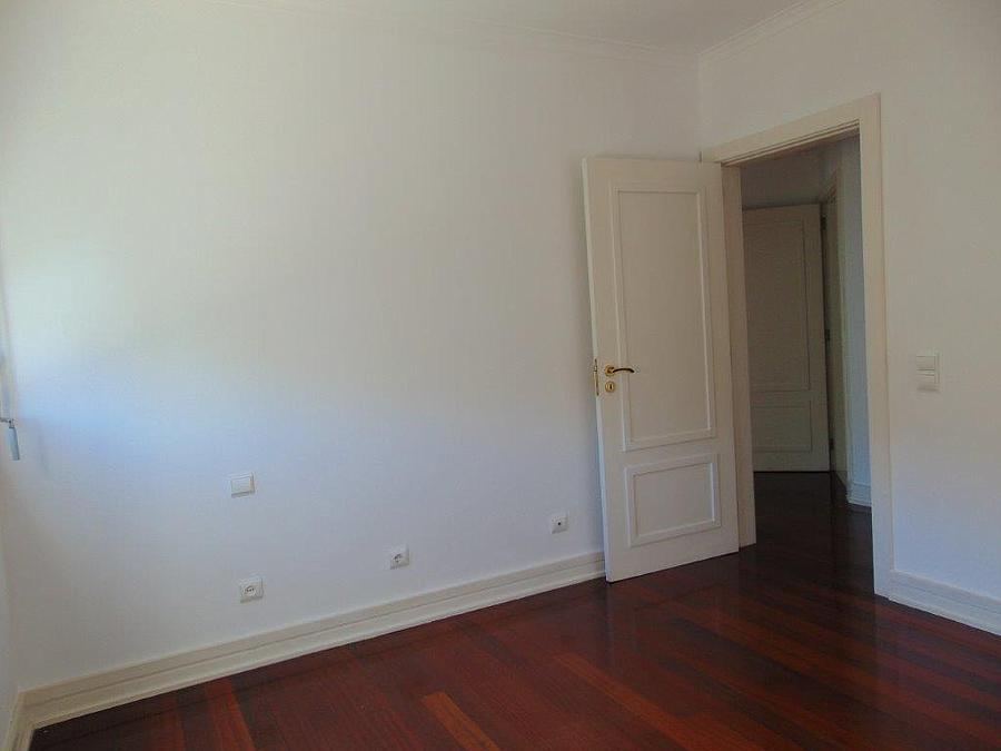 pf15077-apartamento-t4-lisboa-32