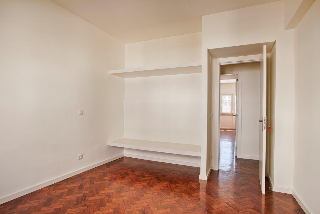 pf15590-apartamento-t3-lisboa-12