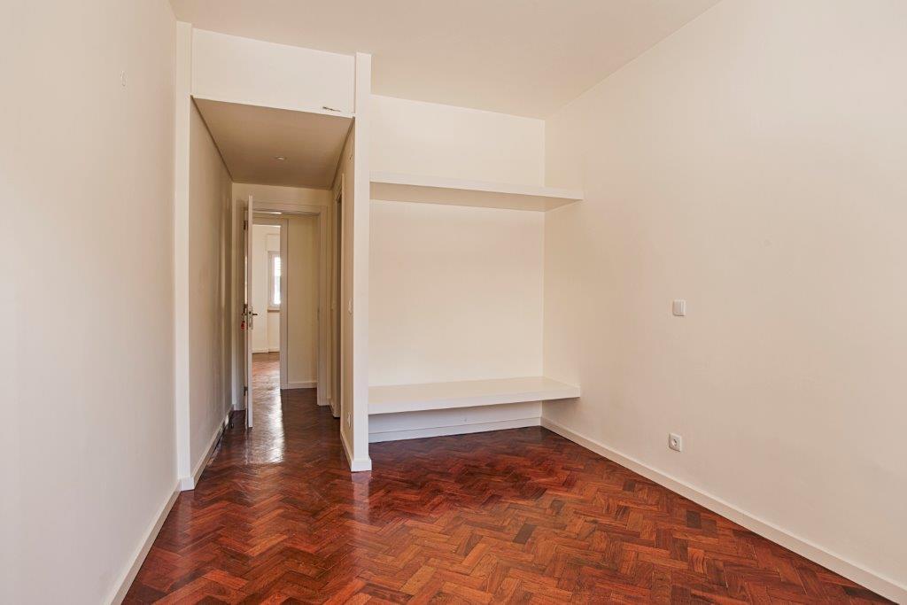 pf15590-apartamento-t3-lisboa-14