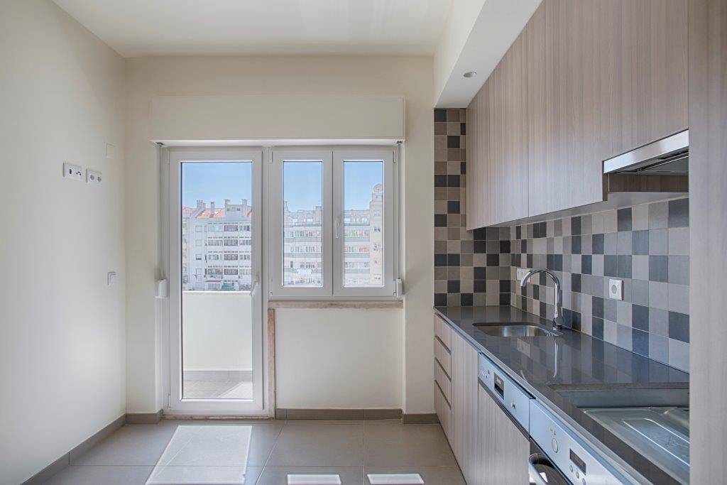 pf15590-apartamento-t3-lisboa-20