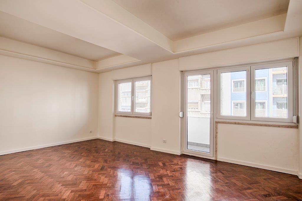 pf15590-apartamento-t3-lisboa-21