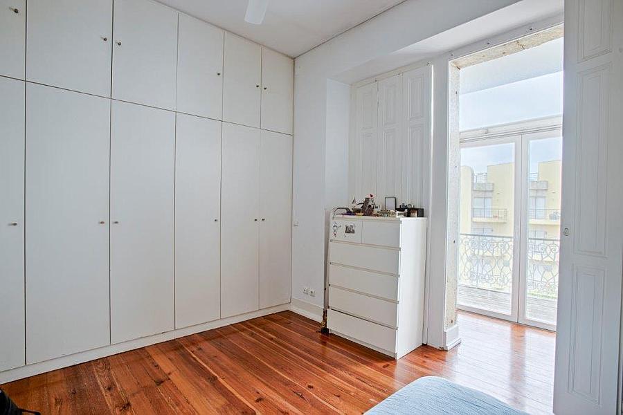 pf15596-apartamento-t7-cascais-37