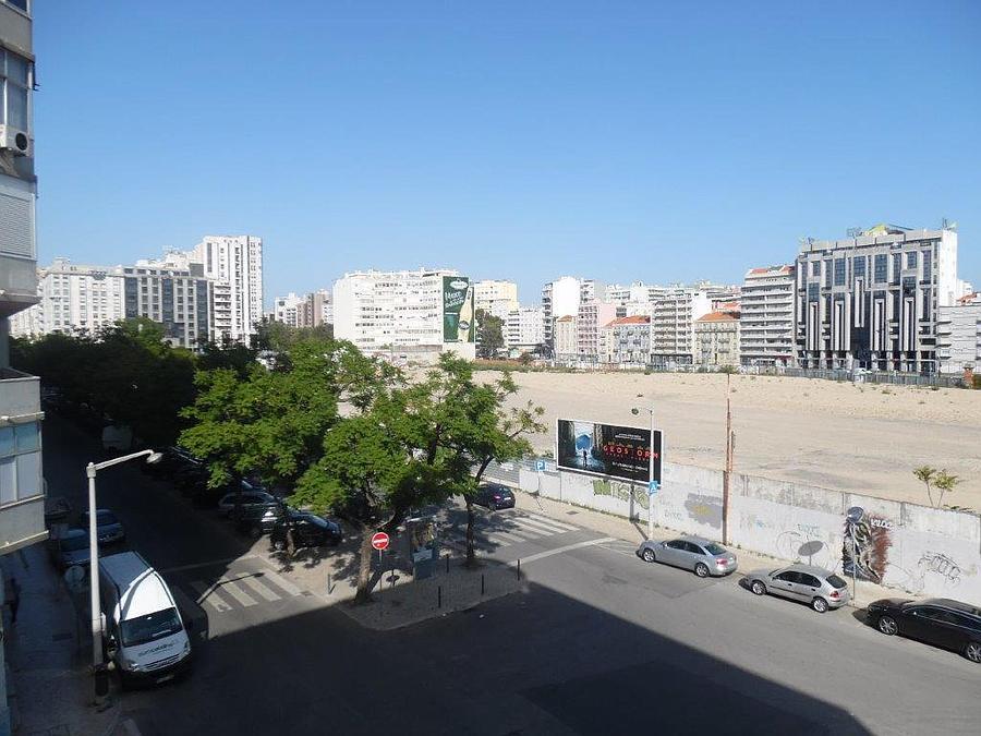 pf15699-apartamento-t2-lisboa-17