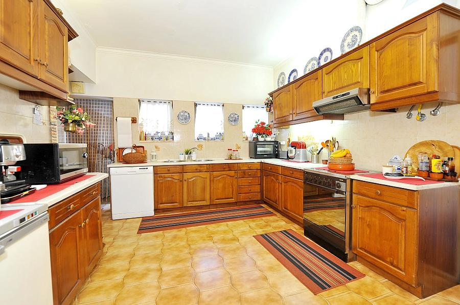 Additional photo for property listing at Detached villa, standing in a plot of 1,100 sqm wi Oeiras, 포르투갈
