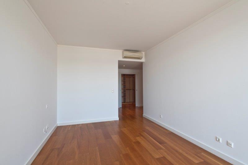 pf16543-apartamento-t3-oeiras-19
