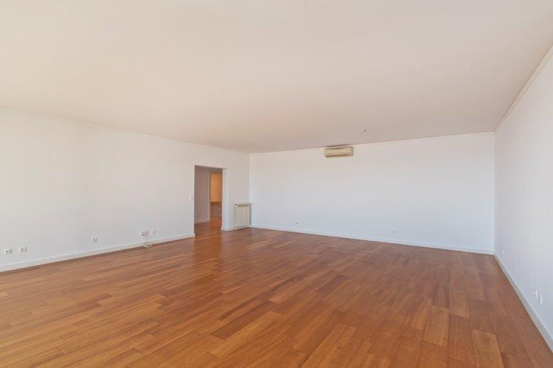 pf16543-apartamento-t3-oeiras-4