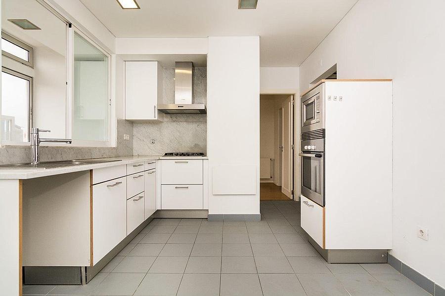 pf16607-apartamento-t4-2-lisboa-13