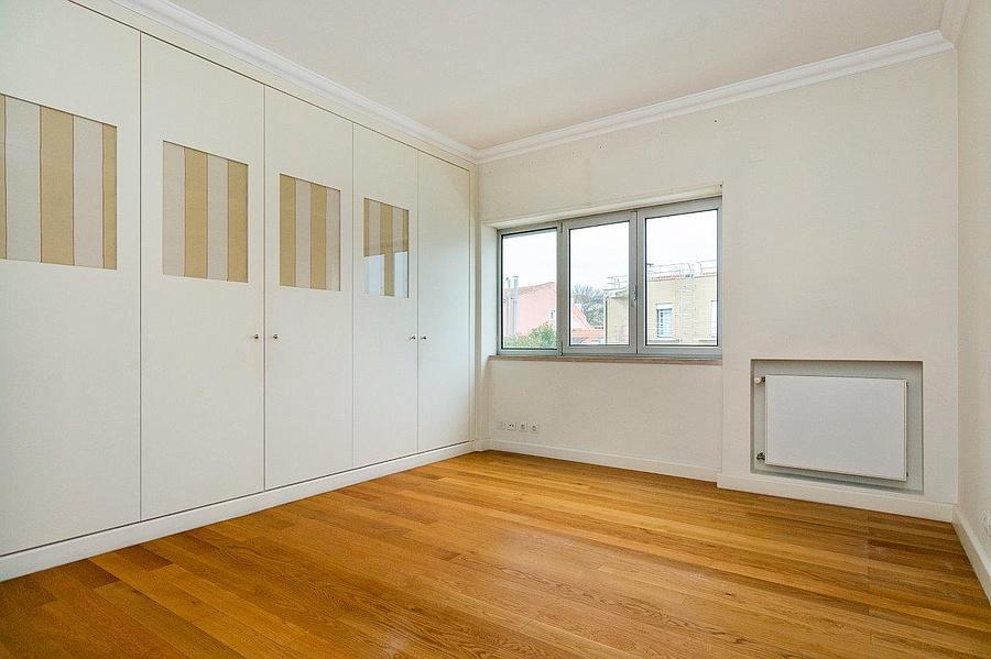 pf16607-apartamento-t4-2-lisboa-27