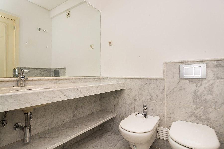 pf16607-apartamento-t4-2-lisboa-30