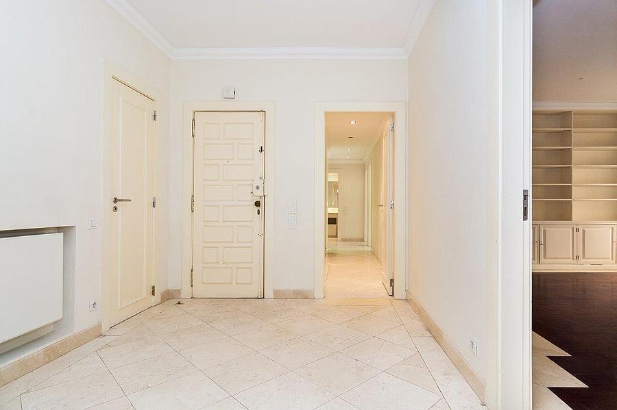pf16607-apartamento-t4-2-lisboa-9