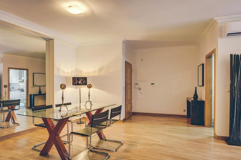 pf16882-apartamento-t2-lisboa-54c6c9f8-3a73-4792-96e8-7df2a1eaac43