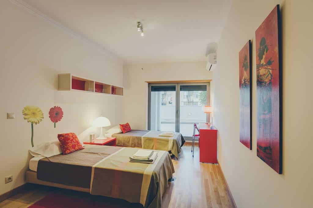 pf16882-apartamento-t2-lisboa-61534086-0965-4fb1-93d4-3786275197c3