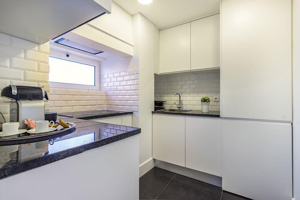 Apartamento T1+1 mobilado