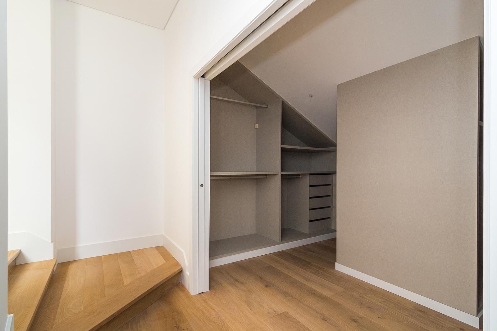 pf16887-apartamento-t5-lisboa-1f43cdd4-3667-41f7-824b-9d5a5e98ead2