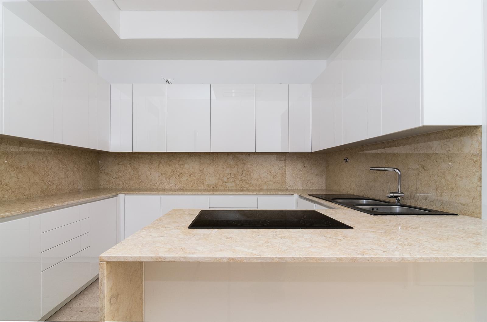 pf16887-apartamento-t5-lisboa-57b12092-96f6-4f8c-af63-daa9f4adcce3