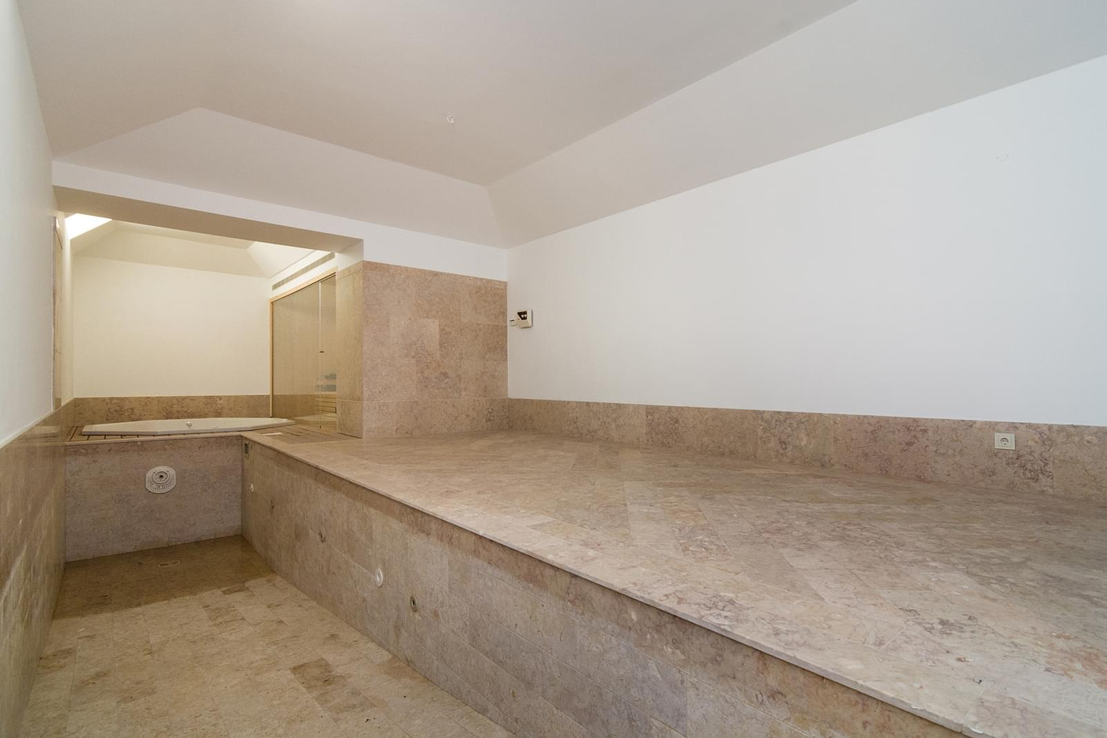 5 bedroom triplex with a swimming pool in gated community