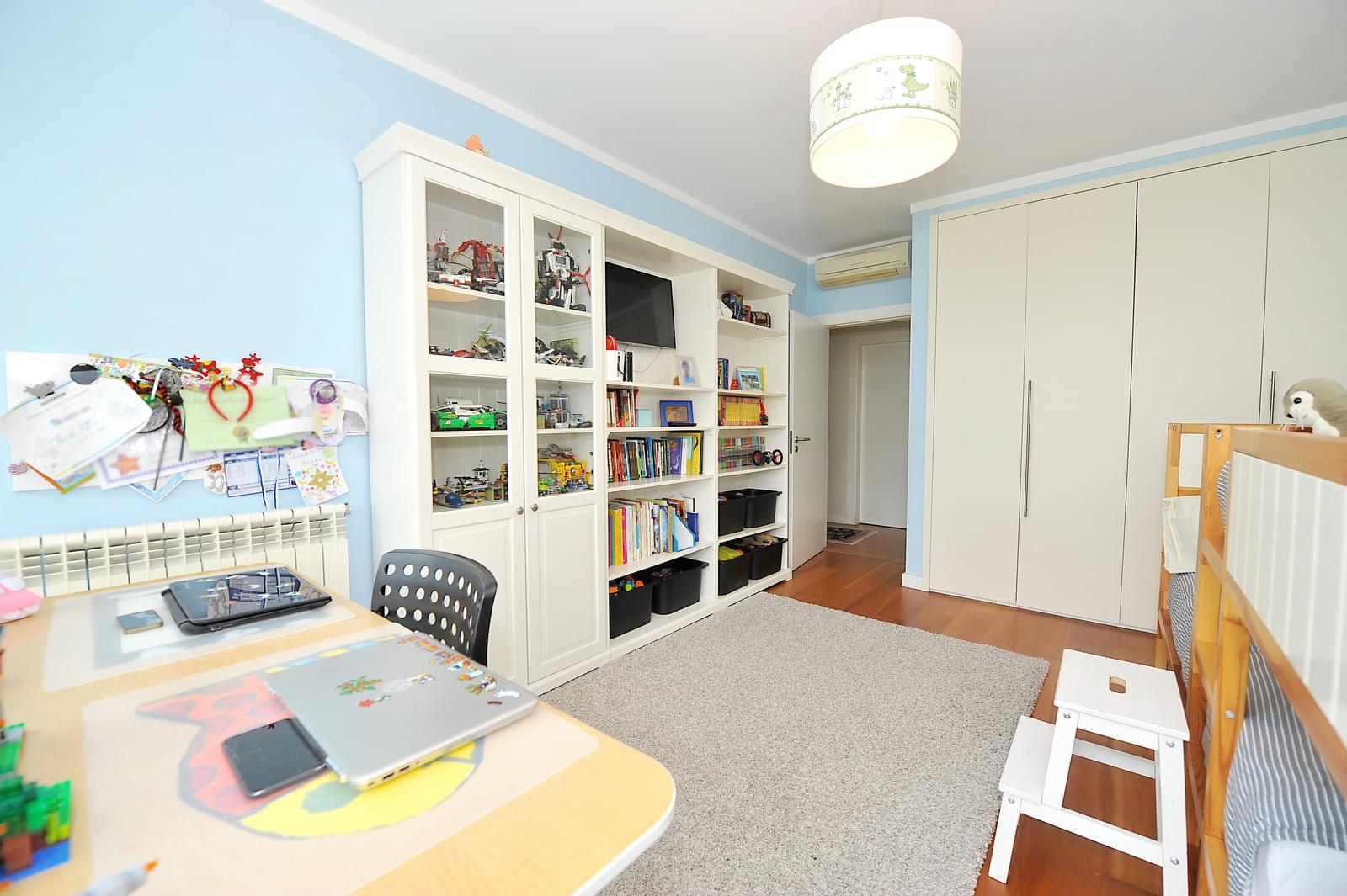pf16896-apartamento-t4-2-oeiras-af9bd717-7087-4119-b071-d9fedf0d7d2e