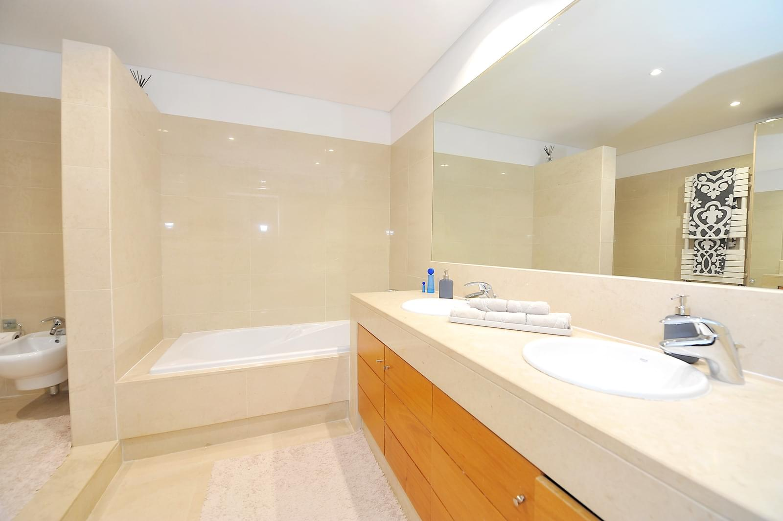 pf16896-apartamento-t4-2-oeiras-c2b1be3b-c90d-41ac-a673-9ba42f04d58b