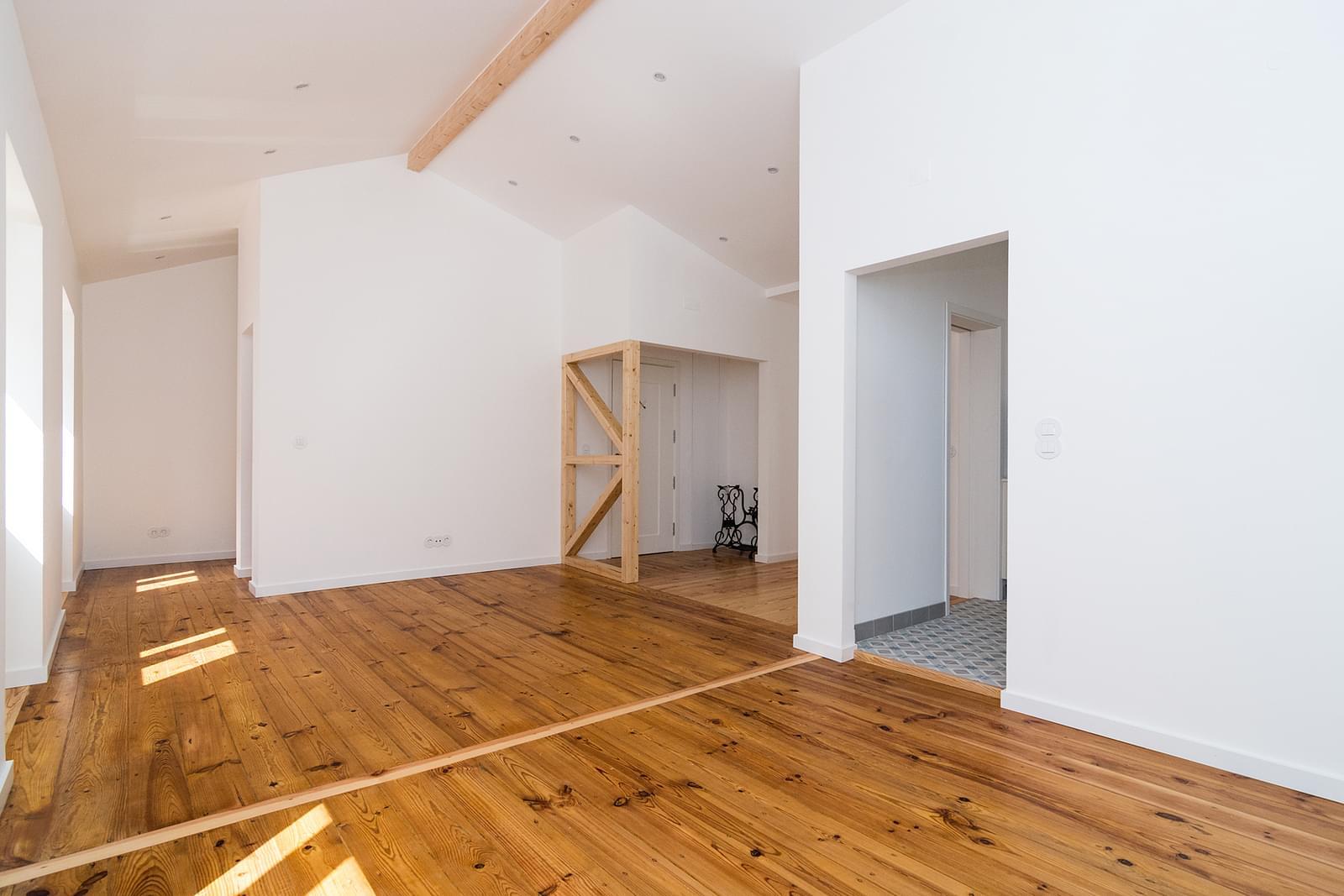 pf16908-apartamento-t2-lisboa-01b1a29b-3c74-4696-af74-edc95e95c88d