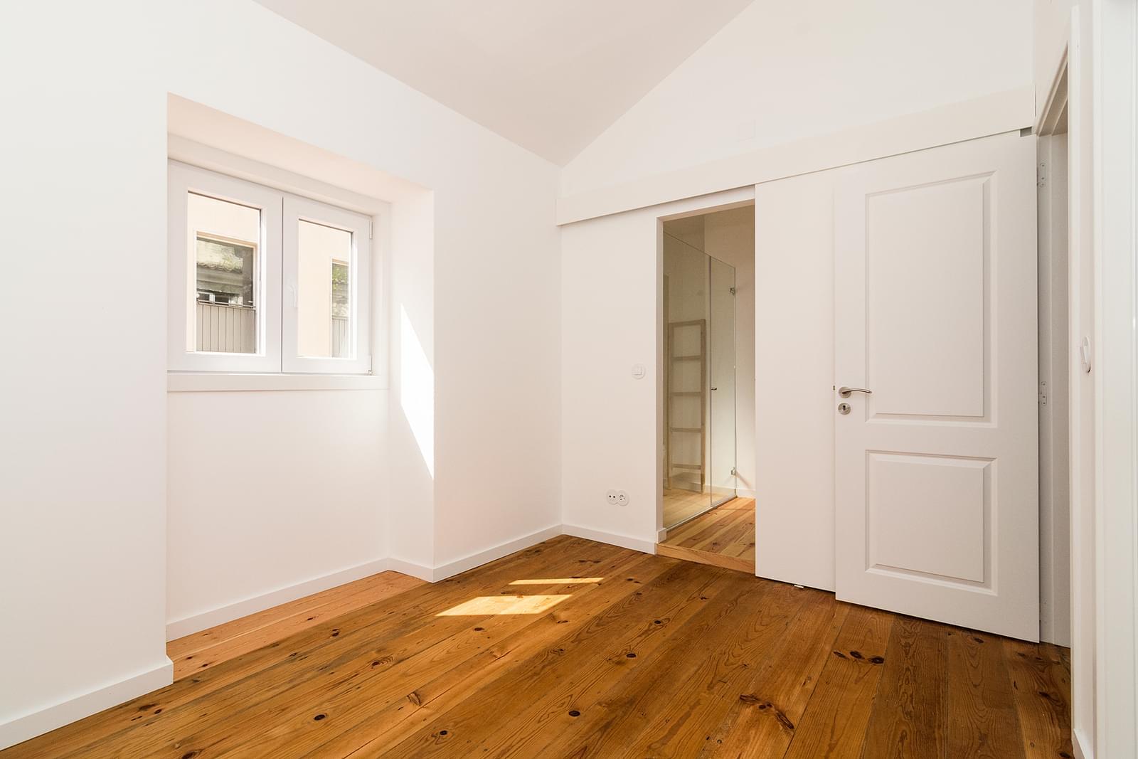 pf16908-apartamento-t2-lisboa-b764217a-e912-4b8e-9358-1ba1812afdbb
