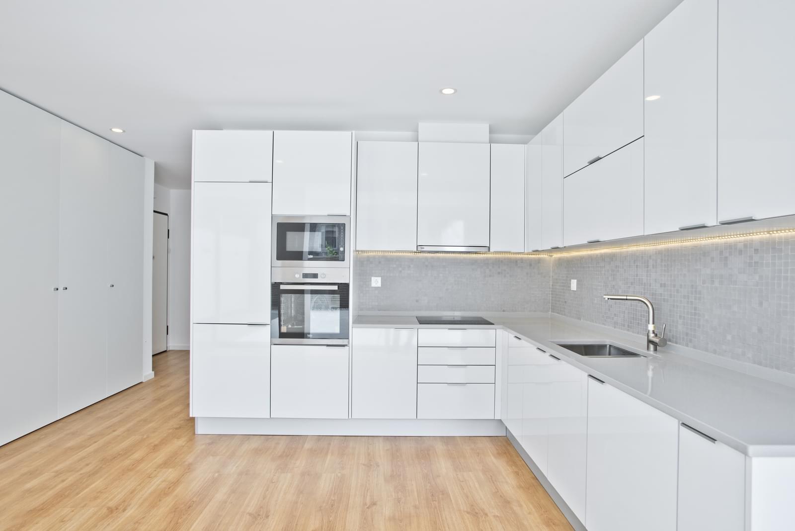 pf16986-apartamento-t2-cascais-adc03b9d-0b1b-4e1b-811b-1f39c8898605