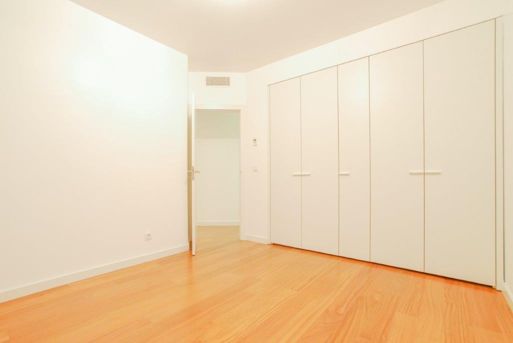 pf17003-apartamento-t3-lisboa-1abb0ac4-9c3c-4d42-9cc9-0e5500d9415d