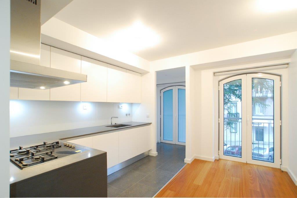pf17003-apartamento-t3-lisboa-92422a14-8884-446d-9422-809fb337085f