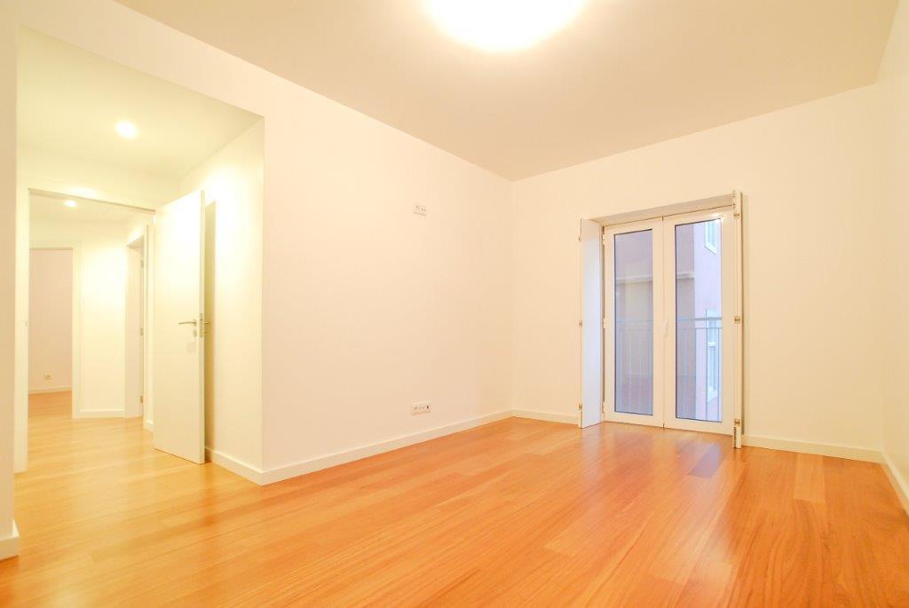 pf17003-apartamento-t3-lisboa-9e4d2e79-f39a-4dce-83e0-529abee57d5d