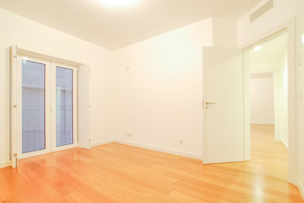 pf17003-apartamento-t3-lisboa-a5d56e99-dc58-464b-b14d-5cce0650b055