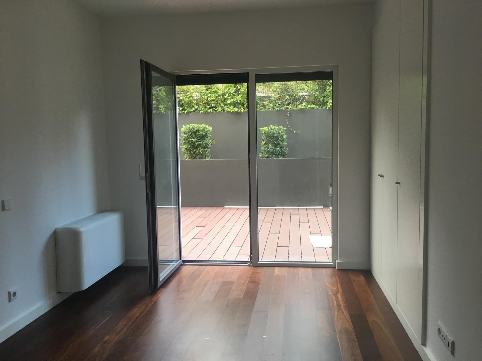 pf17018-apartamento-t2-lisboa-c512bb6a-e825-4fa9-8187-925f5f9d6ee1