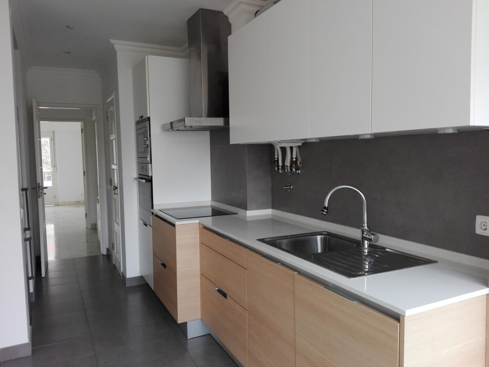 pf17056-apartamento-t4-1-lisboa-2ce4542a-eeee-4ec3-91b4-56bd427e03c1