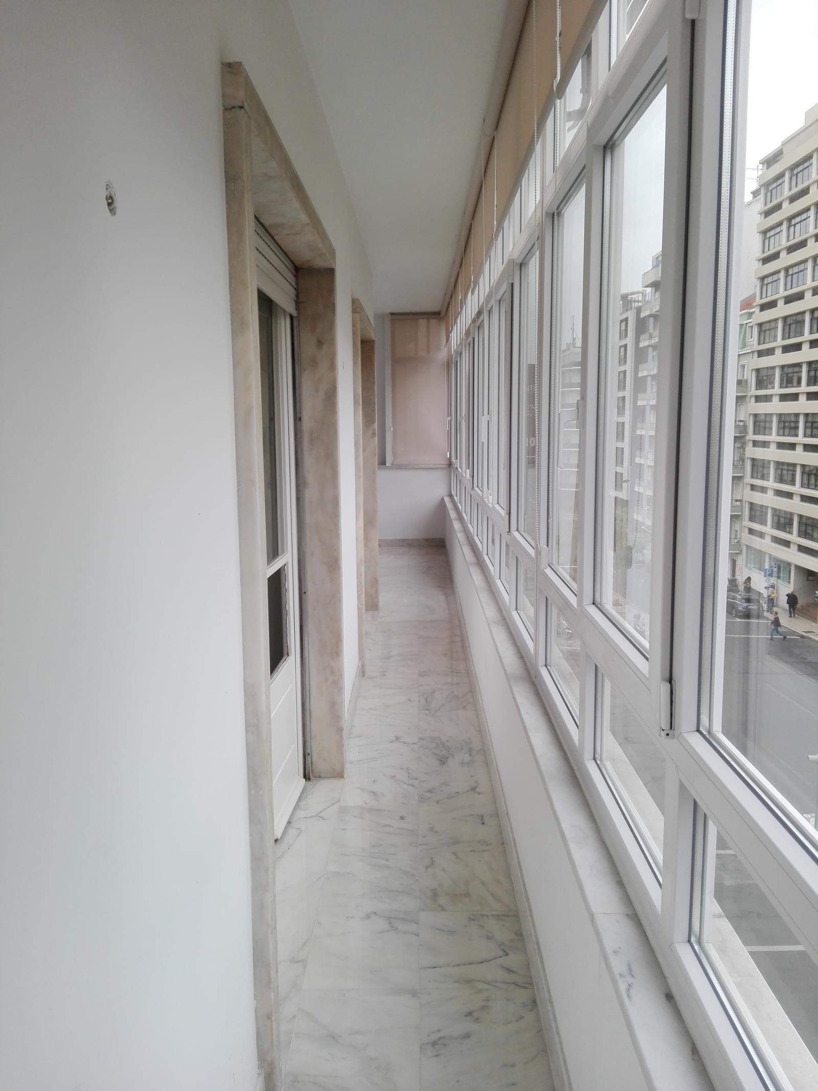 pf17056-apartamento-t4-1-lisboa-8032429a-fc9a-4a15-a070-8a44f887fa2a