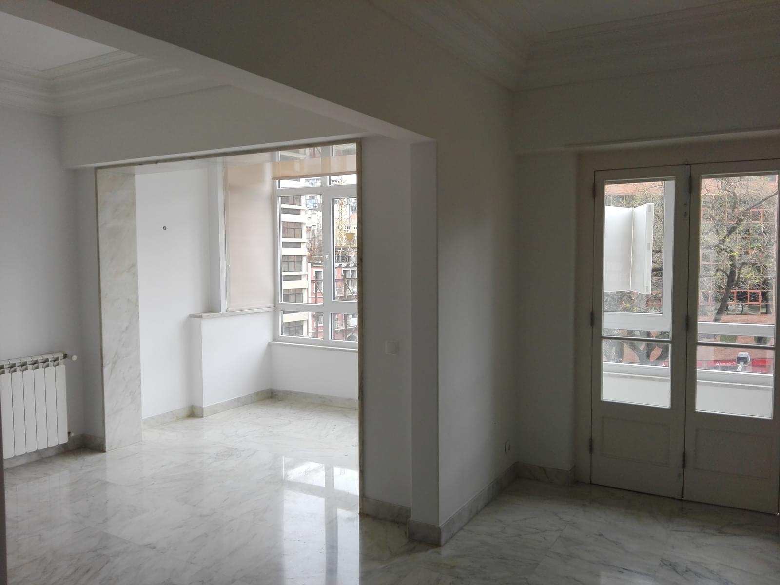 pf17056-apartamento-t4-1-lisboa-a701b401-e76a-41ba-a968-042a2b762905