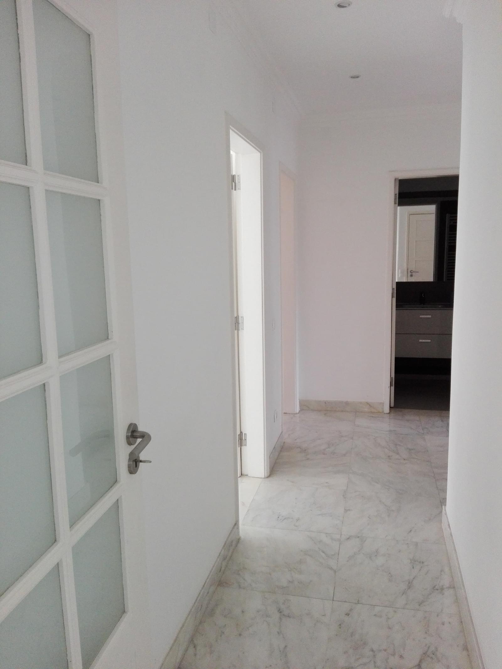 pf17056-apartamento-t4-1-lisboa-b7b623ce-42d6-4a88-902d-bf4aed52c035