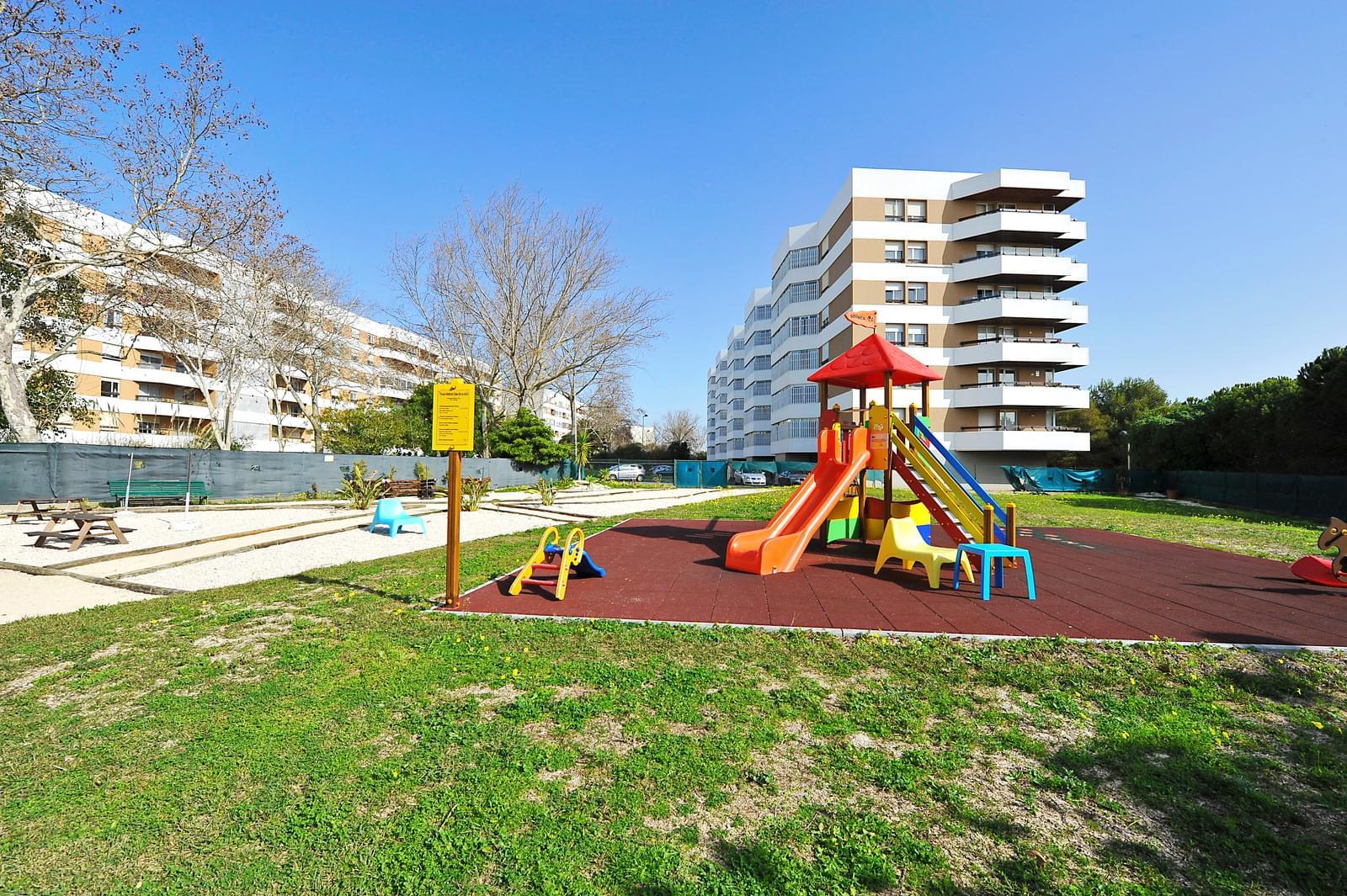 pf17071-apartamento-t4-oeiras-a5b57125-95e7-41dc-b30c-d728064b2f45