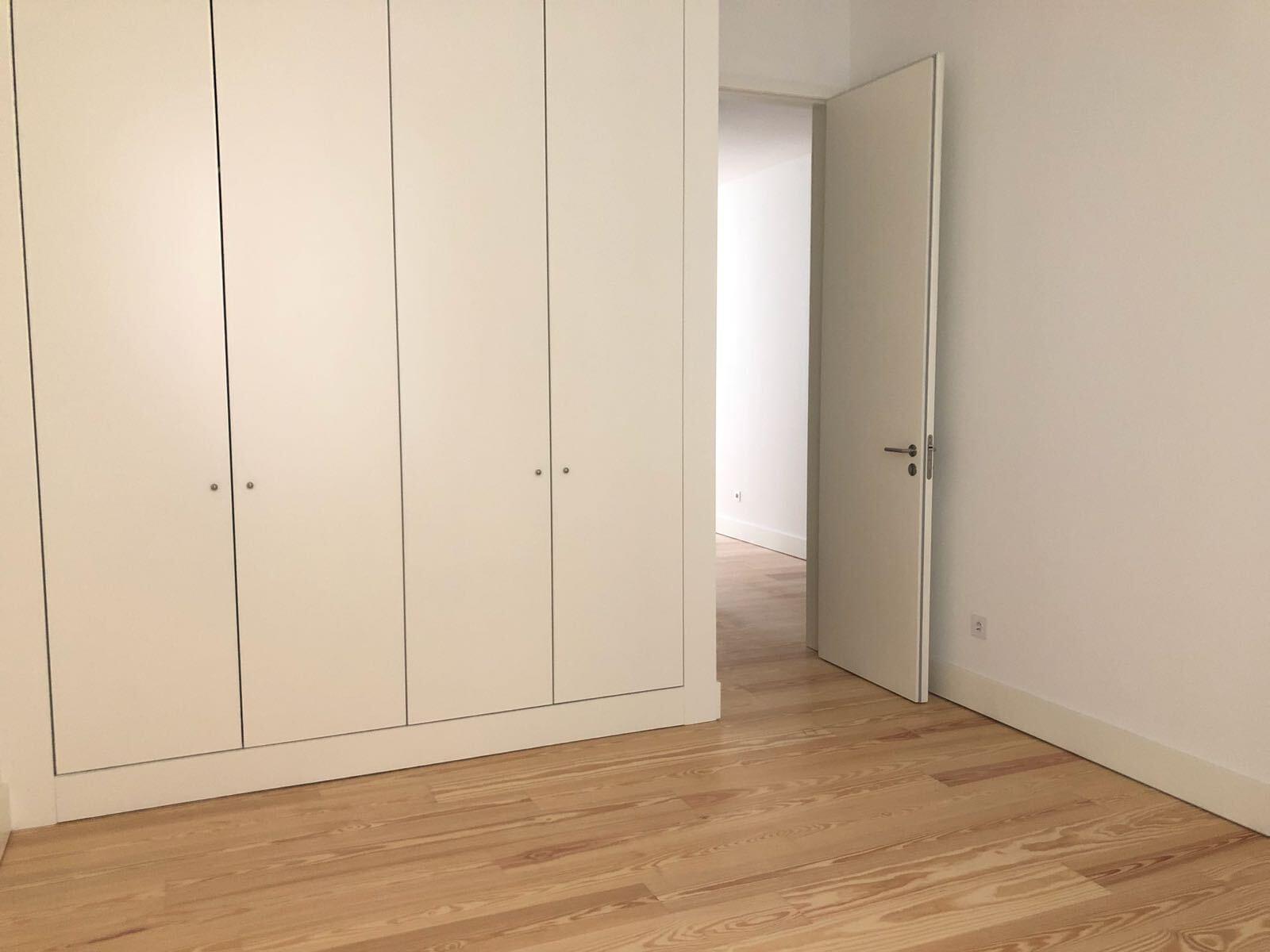 pf17142-apartamento-t2-lisboa-a413b0ac-2c6f-4e53-aaad-371b5af6f23b